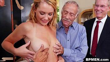 Масляный массаж с сексом