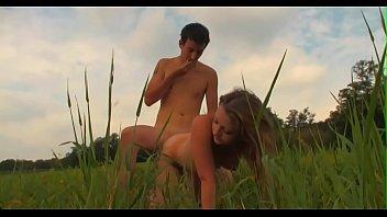 Секса видео с отчимом смотреть в прямом эфире на 1порно