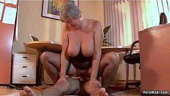 Вудману предстояло постараться, дабы уболтать хорошенькую голубоглазку на секс в очко